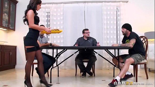 Poker y Sexo en Casa  Jada Stevens