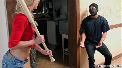 Ladrón Negro Folla Rubia Joven Nina
