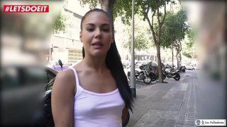 Este es el primer video porno de Apolonia Lapiedra