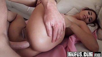 (Isabella DeSantos) Isabella Taylor Primero anal Sexo