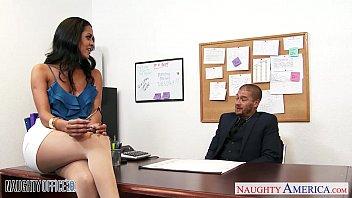 Latin puta Abby Lee Brazil sexo en una oficina 2020