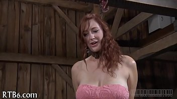 Vídeo porno de esclavos y sádicos gratis