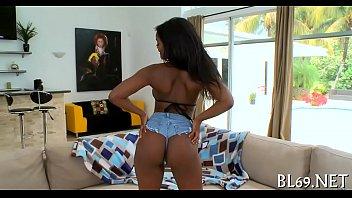 Negro sexy jovencita sexo grabado 2021
